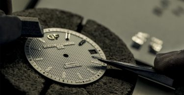GIRARD PERREGAUX Laureato 42mm