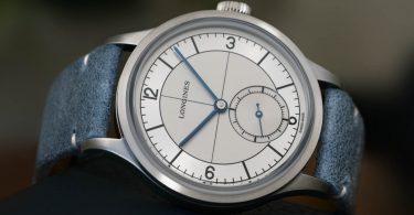 The LONGINES Heritage Classic an blauem Lederband ebenfalls im Vintagestil